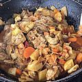露營美食。改良後的韓式辣炒春雞