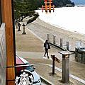 【宮島上的景點】伊都岐咖啡廳。星巴克咖啡廳。嚴島神社表參道