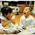 99.10.16 試禮服(花童服)-台中