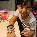 20140723  大小孩都愛的Rainbow loom