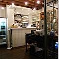 0505_11 kiki cafe