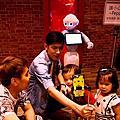 【新北 美食】品燒肉yakiniku 全台第一家機器人燒肉餐廳 帝王級的無煙烤肉饗宴
