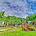 【花蓮 住宿】都鐸王朝 花園星空下的五星級露營車 窗外就是太平洋
