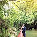 【婚禮倉促的我們,遇到了時尚婚紗,真的好幸運!│時尚幸福分享-安評&尹芝】