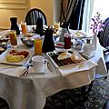 0228-1 不義之財換來的 Room Service 豪華朝食