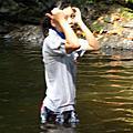 rencang瀑布遊玩