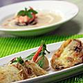 0520法式大蒜麵包佐蘿勒焗烤蘑菇醬 & 海鮮巧達濃湯