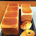 金牌吐司/熱狗捲/奶酥麵包