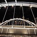 高雄自助婚紗夜景點推薦:中都願景橋