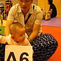 2009年5月3日彤妹迷的爬行比賽