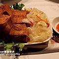 在法國風味的小館吃台灣道地的鵝肉.鵝香飯.筍湯