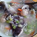 虱目魚海鮮粥~