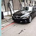 13年式BMW 320i 黑