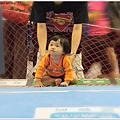 <爬行大賽PART2>11052011麗嬰房第七屆運動會~寶貝晴再次挑戰爬行大賽啦!