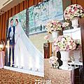 *~花居樂花坊~*1041110 中壢 南方莊園 元榜&佳玲 婚紗背板設計 婚禮佈置