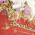 *~花居樂花坊~*1061203中壢 古華花園大飯店 Brian&Darlene紅金色典雅主題背板設計 婚禮佈置