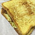 臺南新營-四坪半美式三明治
