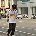 2013_0931~0950台南古都國際馬拉松照片_終點前