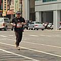 2013_1121~1150台南古都國際馬拉松照片_終點前