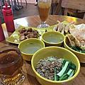 【食】印尼雅加達★ES TELER 77 JUARA INDONESIA★印尼麵食。平價麵食餐館★201708