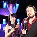 主持人11-12月與2010年1-2月唱歌