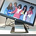 HP Compaq L2311c 23 吋筆記型電腦擴充顯示器