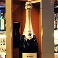 Champagne Bar 香檳餐坊