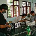 協助台南數位點修復電腦及網路線