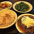 竹北: 龍涎居 雞膳食坊