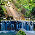 絕美斜射光 龍泉溪之美