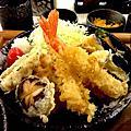 """""""一戶人家""""日式餐廳"""