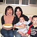 12/16/2007 俊樺、翠億家聚餐