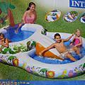 夏天的戲水池