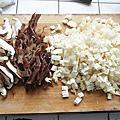 20200205菠菜肉片跟金針菇肉燥