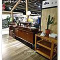 完工照-無縫抗潮 浮雕系列-北歐胡桃木 /誠品店/超耐磨木地板/強化木地板