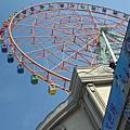 201012高雄義大世遊樂界摩天輪、皇冠飯店、水舞、泳池