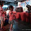 華山文創‧親子市集 ☺ 卡多摩嬰童館x勵馨基金會 第五屆愛分享親子市集 ~ 一起玩耍、一塊做公益 #粉紅豬小妹見面會 #闖關遊戲