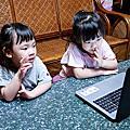 Etalking Kids 兒童線上英語|免出門省下接送時間,採用英美小學教材,一對一專屬講師教學|上課風格活潑有趣,讓孩子愛上學英語