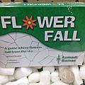 玩具娛樂-桌上遊戲-Flower Fall到貨