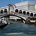 威尼斯,彩色島,玻璃島坐水上巴士及住宿