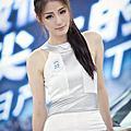 甩開爭議! 李婉鈺PO時尚性感照搶選票