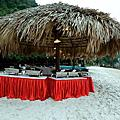 天堂華儷號鐘乳石洞&沙灘晚宴