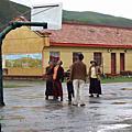 孤兒院參訪