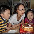 Lily姊姊11歲生日(2011.09.25)