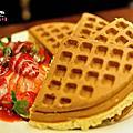{台北}米朗琪咖啡館-草莓鬆餅+咖啡冰塊咖啡