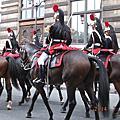 (43)羅浮宮外見騎兵隊街頭遊行