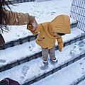 2017.12.04 Day2札幌公園飯店附近公園→東急百貨買鞋、哺擠乳休息區→午餐+晚餐→Big Camera→大通公園白色聖誕燈際