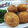 康寶濃湯-香蟹南瓜/火腿蘑菇「香蟹南瓜可樂餅/火腿蘑菇親子丼」2011-0307