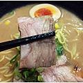 台南美食-泰禾豚骨拉麵 好喝的湯頭