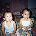 雙胞胎 1y